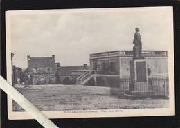 Finistere - Poullaouen - Place De La Mairie, Monument Aux Morts - Collection N.L. - France