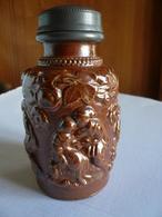 Ancien Pot à Tabac Avec Bouchon à Vis En étain Avec Décor Tournant - Grès Vernissé Du Beauvaisis - - Tabac (objets Liés)