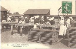 Dépt 85 - LES SABLES-D'OLONNE - Le Retournage (des Sardines) - LL N° 141 - Travail Femmes - Sables D'Olonne