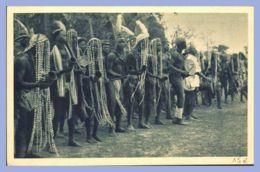 CPA Gris-vert - Missions Africaines - Province De LEst - Danse De Concombas - Missions