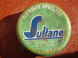 """Publicité Boîte Ancienne En Métal """"Graisse Spéciale SULTANE"""" Pour Chaussures De Chasse Et De Sport - Boxes"""