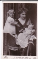 AS03 Royalty - HM Queen Of Spain With Her Children - Royal Families