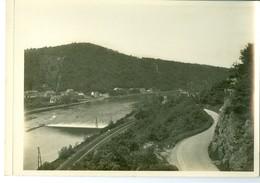 Lustin La Meuse Impression Brillante Sur Carton Vernis Vers 1930 24,4 X 17,5 Cm - Reproductions
