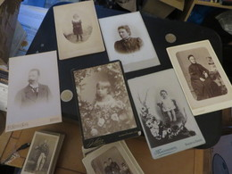 47 PHOTOS ANCIENNES Certaines Publicitées Au Dos,toutes Scannées Recto Et Verso ,a Vous De Voir - Photographs