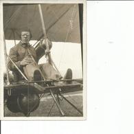 PHOTO DE PRESSE 18X13 LLINDPAINTNER SUR BIPLAN SOMMER ARRIVE TROISIEME A TROYES GROS PLAN - Aviation