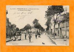 CPA - THOUARS (79) - Aspect Du Carrefour Avenue De La Gare Et Avenue Victor-Hugo En 1918 - Thouars