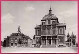 Saint Ghislain - Hôtel De Ville - Vieille Voiture - VW COX - Edit. DE MARIO Yvoir - Saint-Ghislain