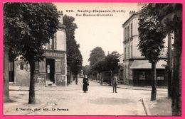 Neuilly Plaisance - Rue Boureau Guérinière - Traiteur - Animée - Phot. Edit. E. FACIOLLE - Neuilly Plaisance