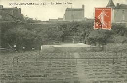 49  DOUE LA FONTAINE - LES ARENES - LA SCENE (ref 2581) - Doue La Fontaine