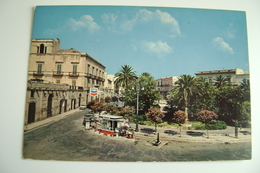 BITONTO - Piazza Marconi  Oil  CHEVRON     VECCHIE CARTOLINE  PUGLIA   NON VIAGGIATA Arch. 39 - Bitonto
