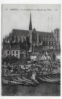 (RECTO / VERSO) AMIENS - N° 25 - LA CATHEDRALE ET LE MARCHE SUR L' EAU ANIME - TIMBRES DECOLLES - CPA VOYAGEE - Amiens