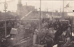 Alte Ansichtskarte Von Matrosen Auf F-Booten In Wilhelmshaven - Warships