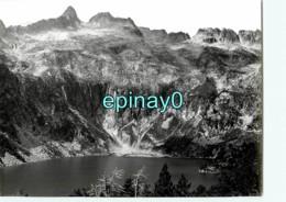 65 - VIELLE AURE - Massif Neouvielle Et Lac D'aubert - PHOTOGRAPHE ROBERT PETIT - ATLAS-PHOTO - Places