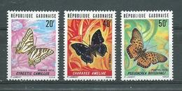 GABON  Yvert N° 306-308-309 **  PAPILLONS - Butterflies