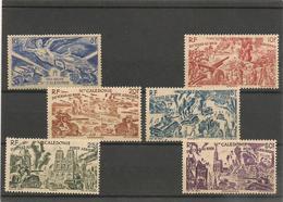 NOUVELLE CALÉDONIE P.A. Année 1946 N°Y/T :54-56/60* Côte: 15,00 € - Poste Aérienne
