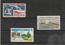 NOUVELLE CALÉDONIE P.A. Années 1969-1974/75 N°Y/T :102-153-161** Côte: 13,50 € - Poste Aérienne