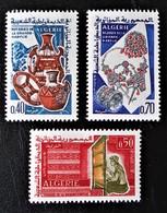 ARTISANAT DE GRANDE KABYLIE 1966 - NEUFS ** - YT 418/20 -MI 448/50 - Algérie (1962-...)
