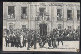 BEAUVAIS 60 - Fêtes De Jeanne Hachette - Salve D'Artillerie Devant Les Tribunes - Beauvais