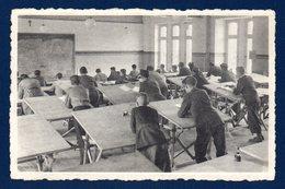 Virton. Ecole Technique Des Aumôniers Du Travail De Pierrard. Classe De Dessin Industriel - Virton