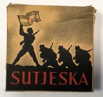 FULL TOBACCO  BOX    SUTJESKA     SIGARETTE  FNRJ - Boites à Tabac Vides