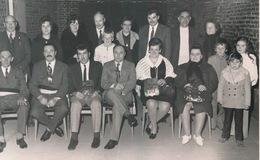 SINT MARIA OUDENHOVE  1973 FOTO +- 14 X 8 CM -  VINKENKAMPIOENEN OP GEMEENTEHUIS - Brakel
