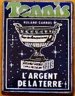 GG  409.......TENNIS....ROLLAND  GARROS...............L ARGENT  DE  LA  TERRE.... - Tennis