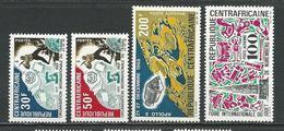 CENTRAFRIQUE  Scott 116-117, C73, C74 Yvert 118-119, PA76, PA77 ** (4) Cote 8,70 $ 1969 - Centrafricaine (République)
