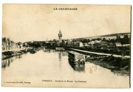 CPA 51 Marne Epernay Bords De La Marne Le Nautique Lavoir - Epernay