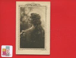 BERGERAC Durand Barjeaud Grand Magasin Calendrier 1923 Jeune Femme Chevelure - Calendars
