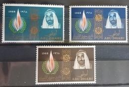 HX35 - Abu Dhabi 1968 SG 42/44 Complete Set 3v. MNH - Human Rights & Shaikh Zaid - Abu Dhabi