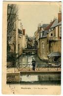 CPA 45 Loiret Montargis Une Rue Sur L'eau Animé - Montargis