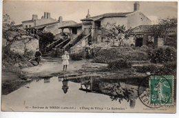 Environs De Vertou : L'étang Du Village La Barbinière - France