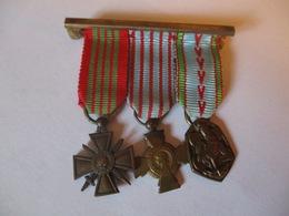 France: Croix De Guerre + Croix Des Combattants 1939 - 1945 (mini) - 1914-18