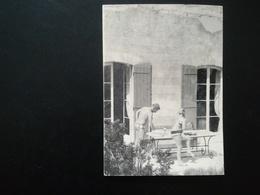 PERSONNES EN VACANCES DANS DIVERS LIEUX MARSEILLE WESTENDE CAP D AIL BRESKENS ... LOT 16 PHOTOS DE 3 ALBUMS DIFFÉRENTS - Persone Anonimi
