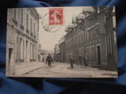 Isigny  Rue Du Brésil - Animée  Ed. Renouf - Circulée 1909 - R243 - France
