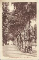 LES AIX D'ANGILLON , Place Nationale , CPA ANIMEE - Les Aix-d'Angillon