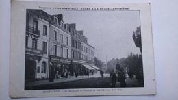 Carte Postale (J3 ) Ancienne De Montluçon , Boulevard De Courtais En Face L Avenue De La Gare - Montlucon