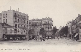 CLAMART - La Place De La Gare - Clamart