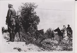 REITERSPAHTRUPP GEHT IM OSTEN VOR      1941  FOTO DE PRESSE - Guerra, Militares