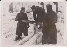 NUTZBRINGENDE ARBEIT OSTFRONT       1941  FOTO DE PRESSE - Krieg, Militär