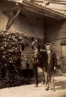 Photo Originale Portrait D'un Grand-Père Et De Son Canasson Vers 1930/40 - Ferme & Cheval - Ecurie - Anonyme Personen