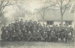 MILITAIRES (camp De Mourmelon Le Grand)- 106 Em Régiment D'infanterie (carte Photo). - Régiments
