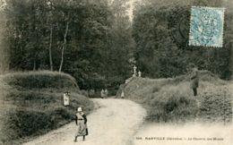 N°65605 -cpa Ranville -le Chemin Des Monts- - France