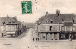 CPA, La Loupe, Rue De La Gare, Imprimerie, Librairie Gauquelin-Brette Et Café De L'Union, Gauquelin éditeur - France