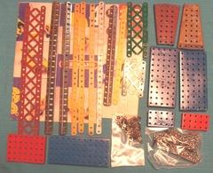 Lot N°12 Plus De 200 Pièces Meccano Hors Visserie Images Conformes - Meccano