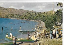 MARTINIQUE Plage Bateaux Pêche Marchands - Cartes Postales