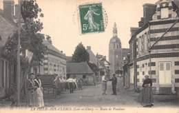41 - LOIR ET CHER / 412890 - La Ville Aux Clercs - Route De Vendome - Beau Cliché Animé - Autres Communes