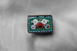 Boite A Pilules Ancienne Argentée Rectangulaire En Micro-mosaique De Venise Italie Millefiori Verte Motif Fleurs - Boîtes/Coffrets