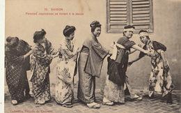COCHINCHINE VIET NAM  Saigon Femmes Japonaises Se Livrant à La Danse - Cambodia