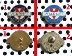 Arthus Bertrand : Mini Logo Des Lunettes De Sport VUARNET - Bleu Marine (n° 1 Sur La Photo à Gauche) - Arthus Bertrand